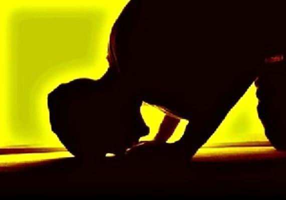 نماز خواندن در این 15 مکان مکروه است
