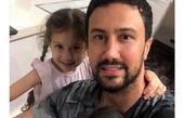 شاهرخ استخری و دو دختر قند و نباتش+عکس