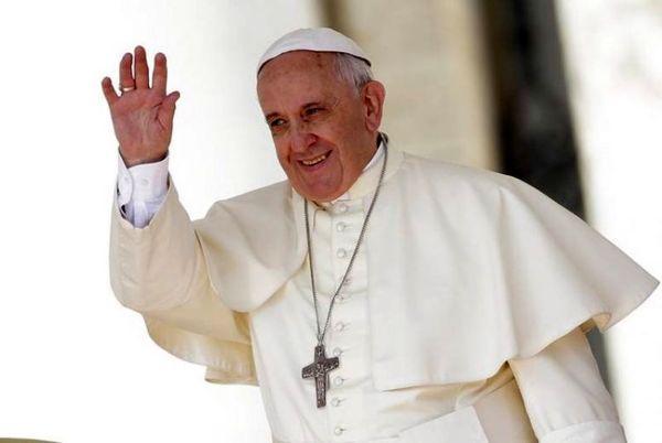 آزمایش کرونای پاپ و دستیاران نزدیک او منفی شد