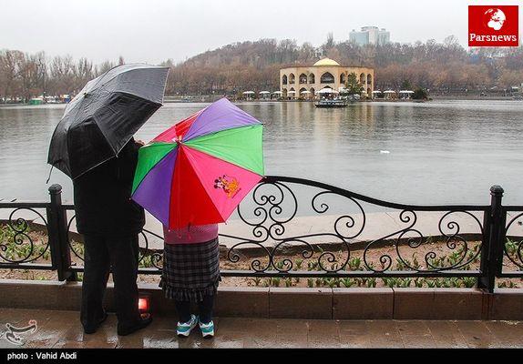 ورود جریانات شمالی و بارش باران در بخش هایی از کشور