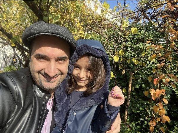 سلفی آقای مجری با دخترش + عکس