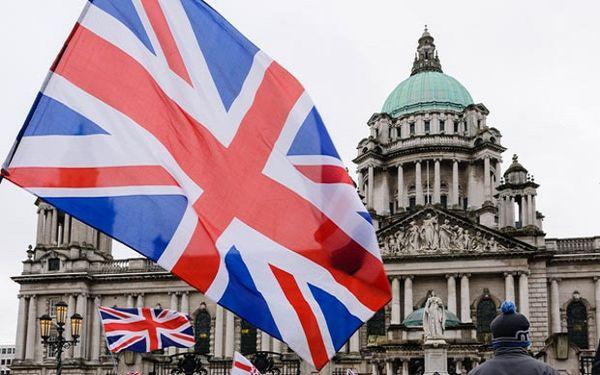 حمایت انگلیس از ارسال جنگ افزار به عربستان