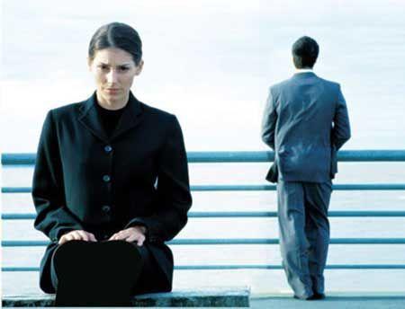 همسرتان نسبت به شما سرد و بی توجه شده؟راه حل شما اینجاست!!