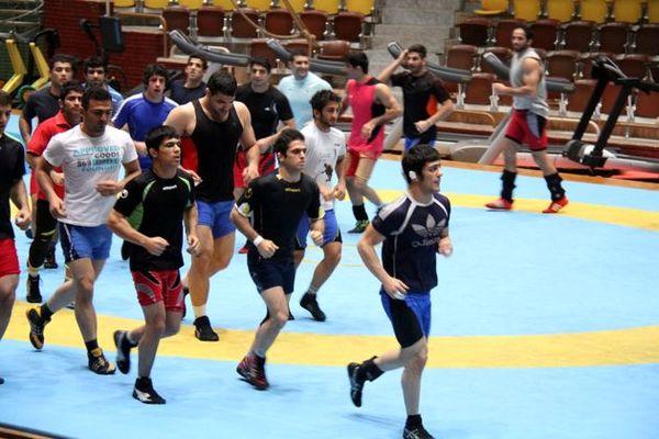 اردوی تیم ملی کشتی از 27 خرداد ماه آغاز میشود