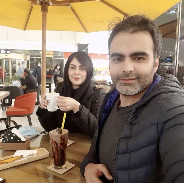 نیلوفر شهیدی و برادرش در کافه + عکس