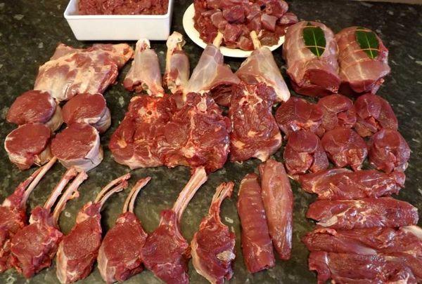 گوشت گوسفند طی روزهای گذشته 5000 تومان کاهش یافت