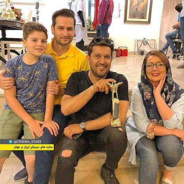 پویا امینی با همسر و پسرش در کنار حامد بهداد+عکس
