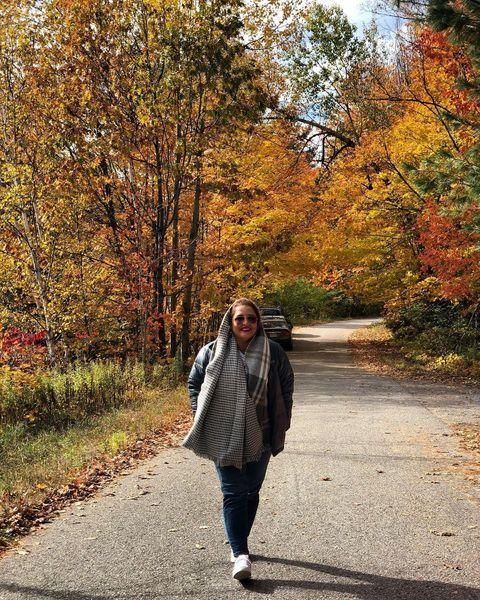 پاییز رنگارنگ نرگس محمدی در خارج از کشور+عکس