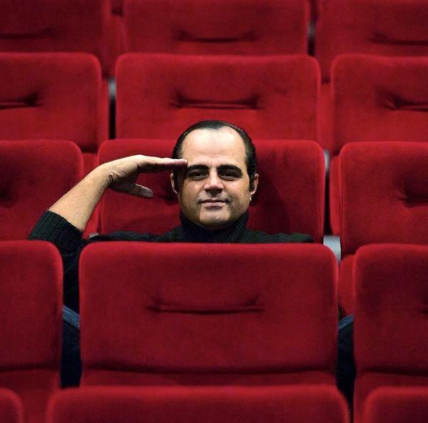 رضا مولایی در سالن نمایشی خالی + عکس