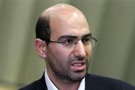 ابوترابی: با نشستن درون کاخ نمیتوان دولت را اداره کرد