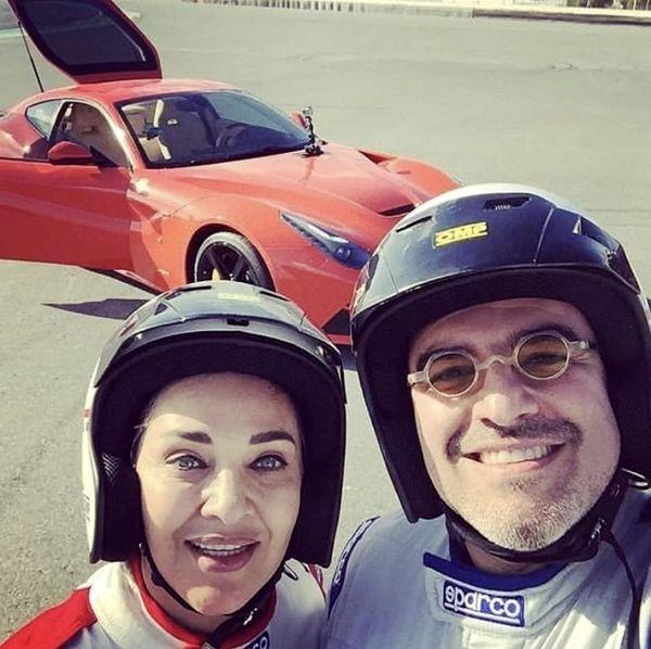 ماشین مسابقه ای داور عصر جدید و همسرش + عکس