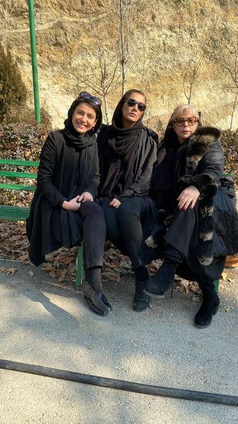 شیوا خنیاگر و دوستانش در پارک + عکس