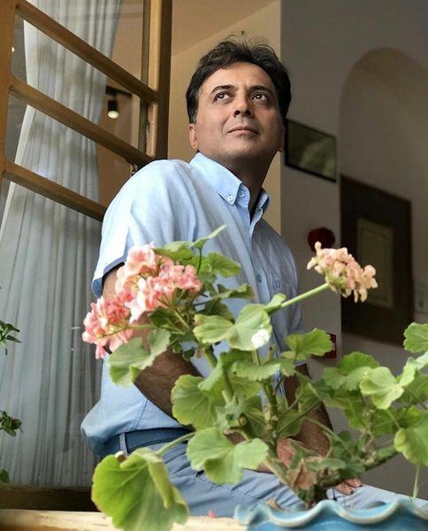 مجید اخشابی در قاب پنجره + عکس