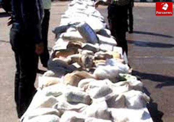 کشف یک تن و 402 کیلو موادمخدر با یک آر پی جی توسط پلیس
