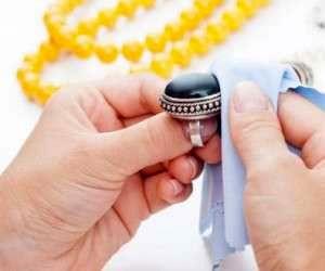 سفید کردن راحت انگشتر نقره در خانه با سس