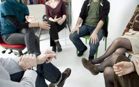 روشِ «گروه درماني» و گروههايي که مثل قارچ، همه جا روييدهاند/ راهي براي ارتباطاتِ خارج از چارچوب زن و مرد!
