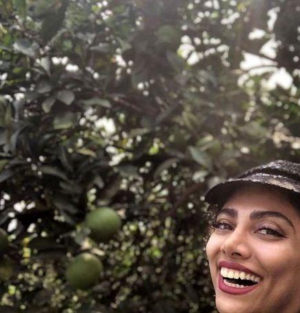 خوشحالی از ته دل خانم بازیگر در باغشان+عکس