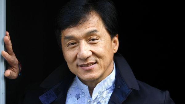 بازیگر مشهوری که قصد عضویت در حزب کمونیست چین را دارد + عکس