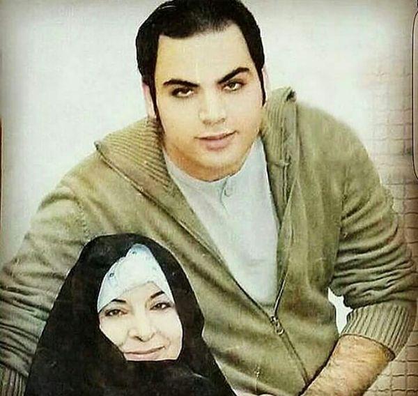عکس دیدنی از احسان علیخانی و مادرش