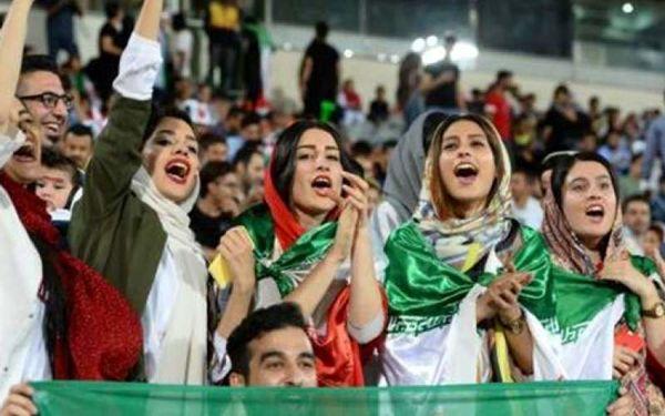 فدراسیون چگونه زنان تماشاچی در استادیوم را پیچاند ؟