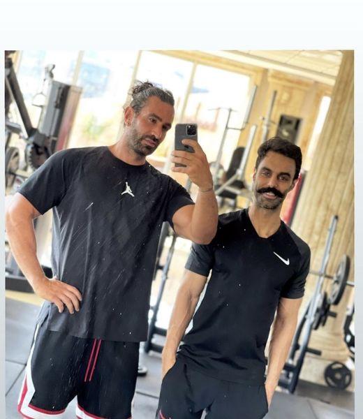 مهدی ماهانی و دوستش در باشگاه + عکس