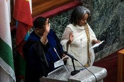 تنها رئیسجمهور زن قاره آفریقا سوگند یاد کرد +عکس