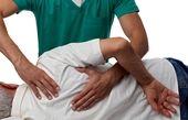 درمان دستی(منوال تراپی) در فیزیوتراپی برای دردهای اسکلتی عضلانی