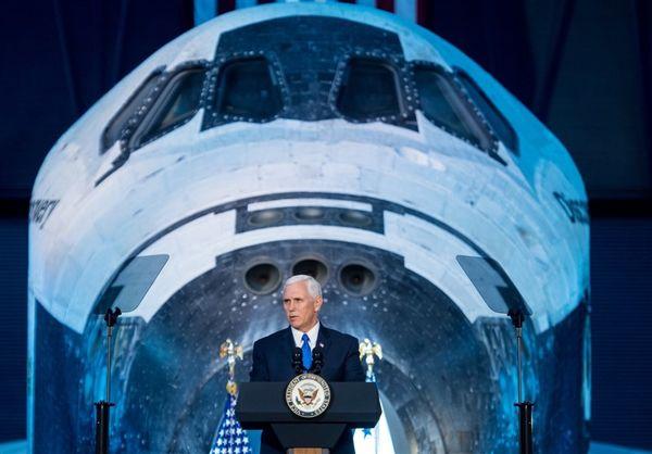 آمریکا تا سال ۲۰۲۰ نیروی فضایی تشکیل می دهد