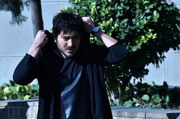 چهره خسته نیما شاهرخ شاهی در شب + عکس