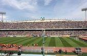 ماموران امنیتی زن برای جلوگیری از ورود بانوان به ورزشگاه «آزادی»