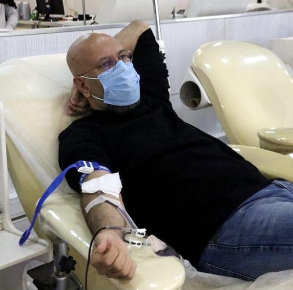 صدا پیشه معروف در سازمان انتقال خون + عکس