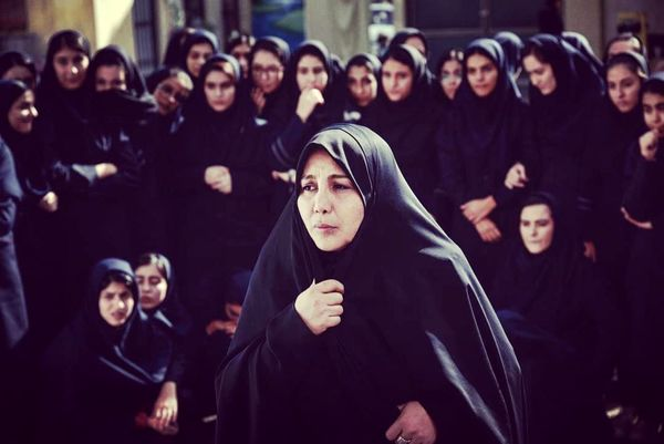 بهنوش بختیاری با حجاب کامل به جشنواره بوسان میرود+عکس