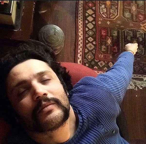 مهران رنجبر در خواب + عکس