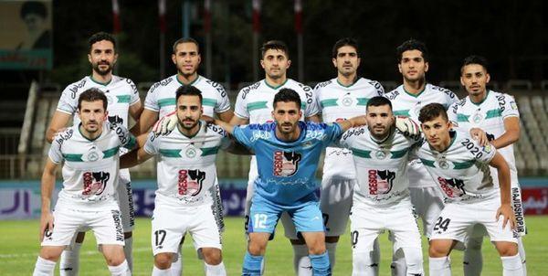 سکوت کامل هواداران اصفهانی