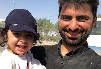 ظاهر آشفته کارگردان معروف کنار همسر و دخترش در پیاده روی اربعین+عکس