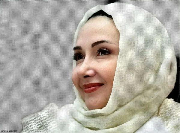 تیپ متفاوت و دیده نشده «کتایون ریاحی» در حرم امام رضا (ع)+عکس