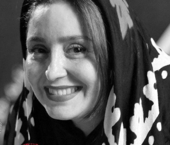 لبخند زیبای ژاله صامتی+عکس