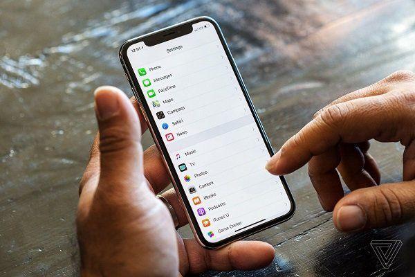 اپل آیفون جدید ارزان عرضه می کند