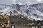 مهرداد صدیقیان در دل کوهستان برفی + عکس