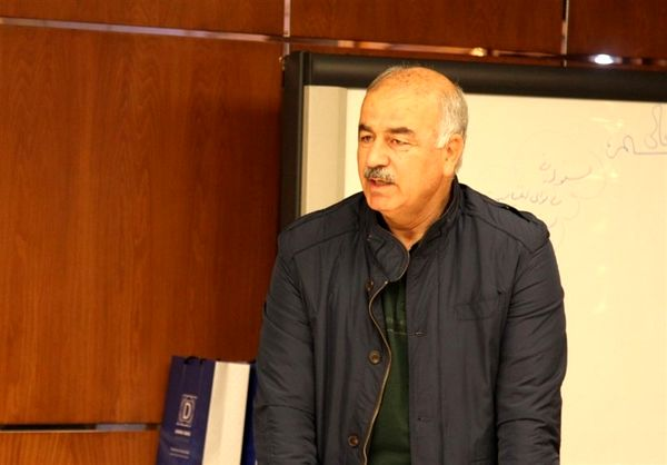 آذرنیا: بینقص نه، اما عملکرد خوبی مقابل استقلال خوزستان داشتیم