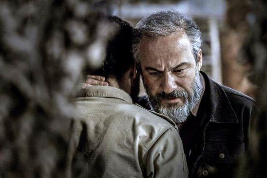 بازیگر ایرانی کنار راجر واترز، اسطوره «پینک فلوید»