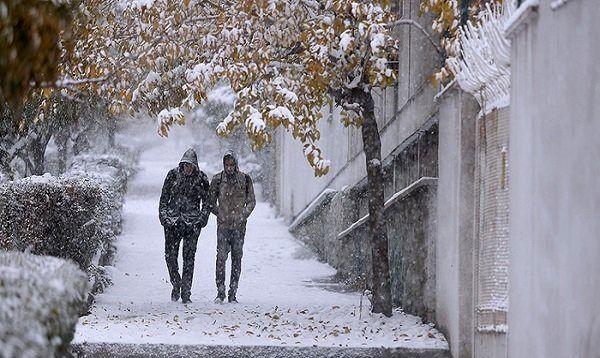تهران در انتظار برف و باران و باد