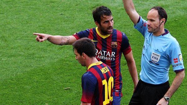 عذرخواهی داور اسپانیایی از بارسلونا برای مردود کردن گل مسی