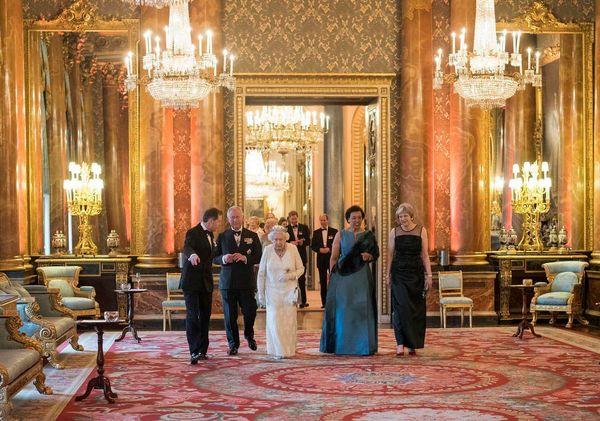 حضور ملکه، ولیعهد و نخست وزیر بریتانیا در مراسم شام