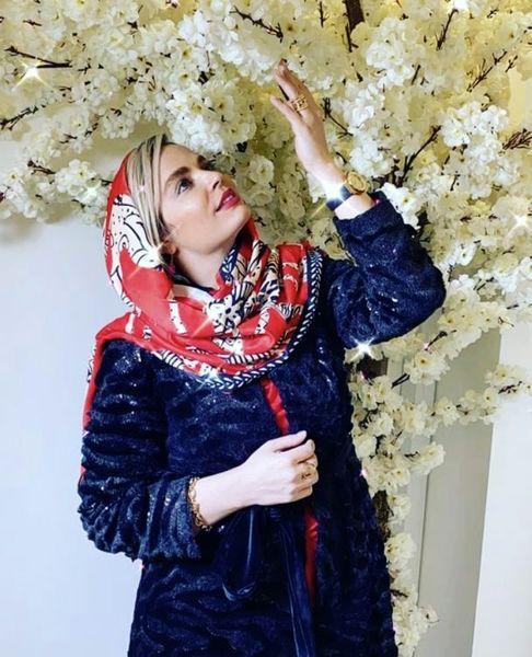 درخت پر شکوفه سپیده خداردی + عکس