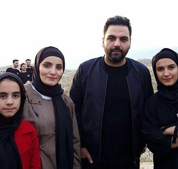 احسان علیخانی با دختران نینجا در پلدختر+عکس