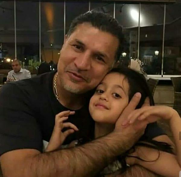 عکس پر از عشق علی دایی و دختر نازش