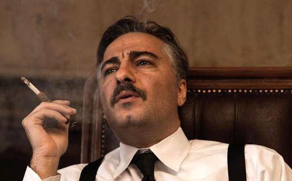 نوید محمدزاده در نمایی از فیلم سرخ پوست/عکس