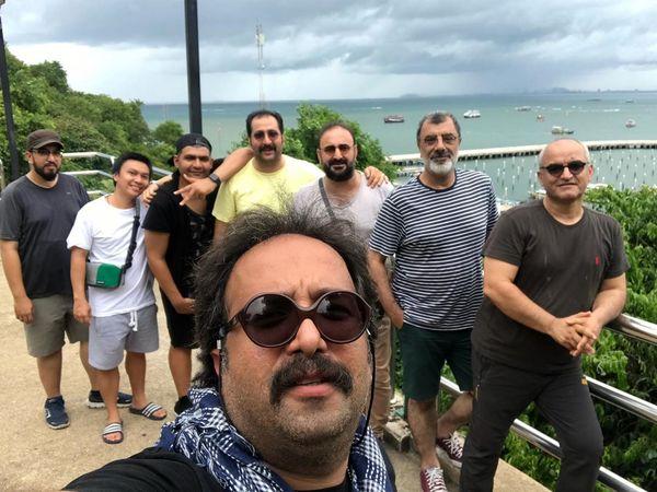 مهران احمدی و گروه جذابش در خارج از کشور+عکس
