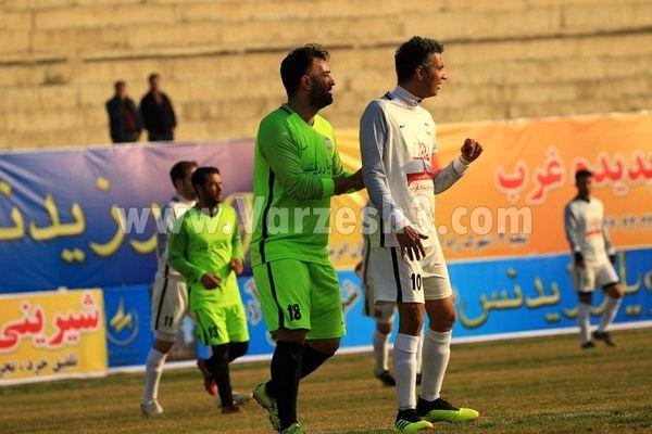 درگیری مردانه فردوسی پور و حنیف عمران زاده + عکس